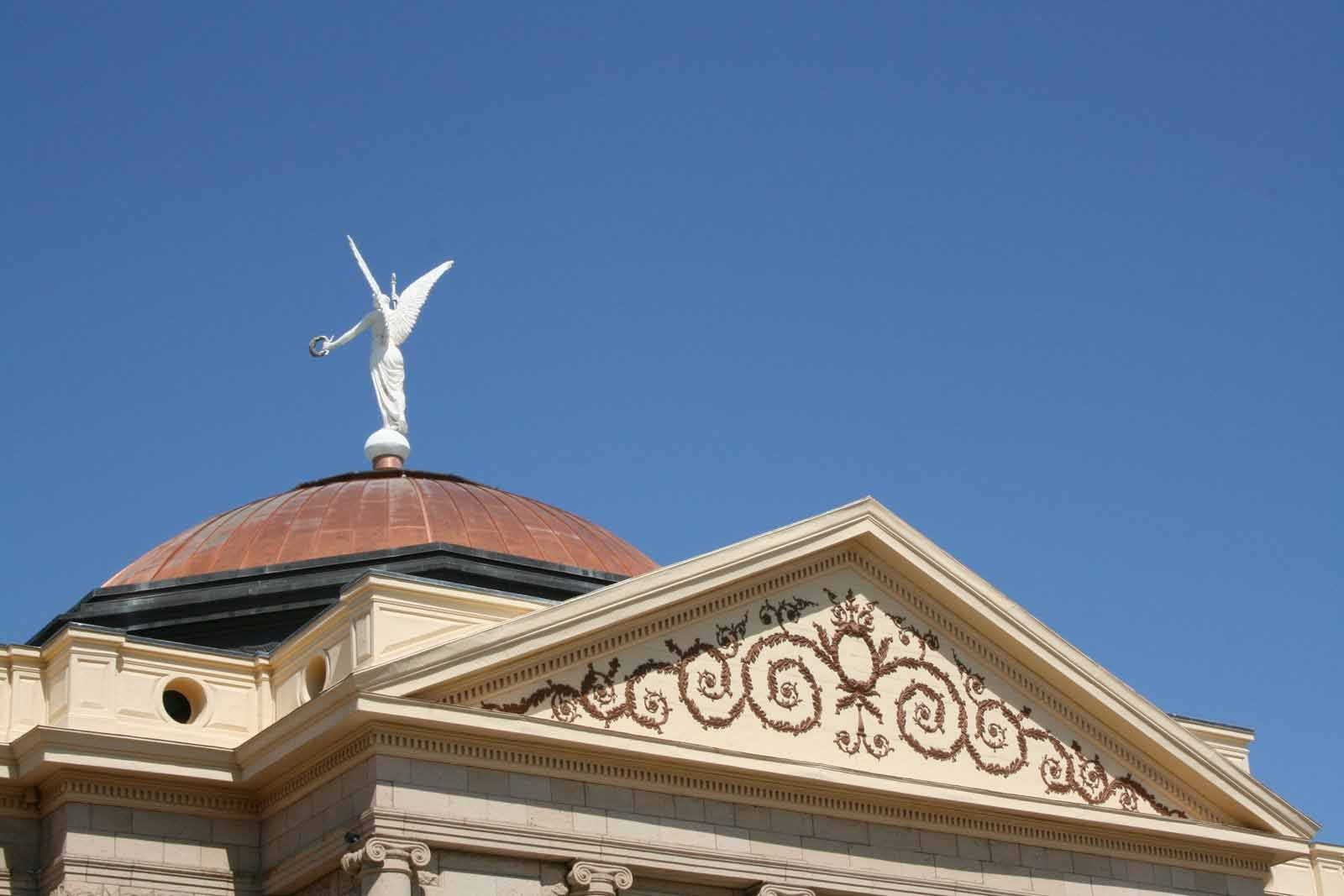 Ten New Laws That Take Effect Today Office Of The Arizona Governor